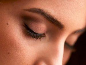 Tips para realzar tu mirada en tiempos de mascarilla